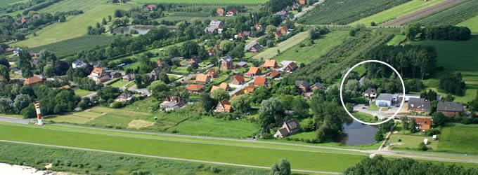 Luftaufnahme von der Elbinsel Krautsand und HUS ELVKIEKER